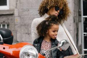 Cómo los padres pueden presentar a sus hijos un amor en el hogar image 3